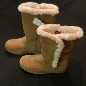 Merona Faux Fur Suede Boots NWT size 9